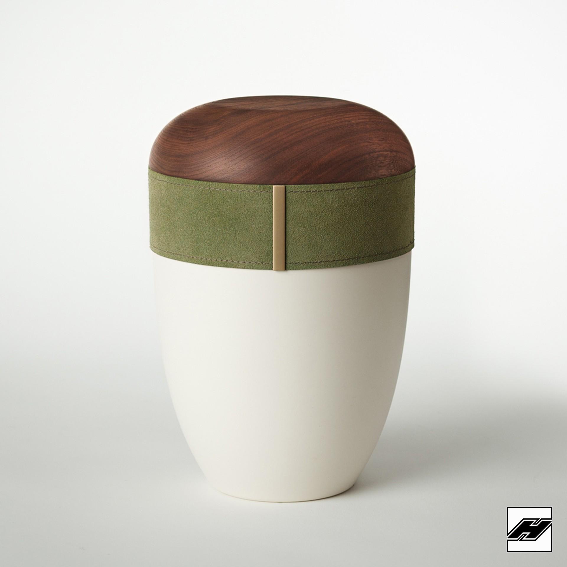 Urne Holz/Leder Smaragd cremeweiß, mit Wildleder